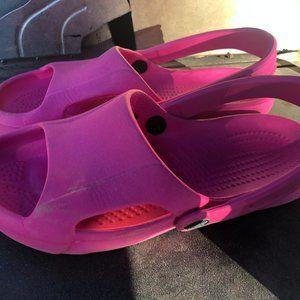Crocs  PINK Slip On Slingback Clogs Sandals Size 7